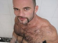 Hairy And Hunky Amateur