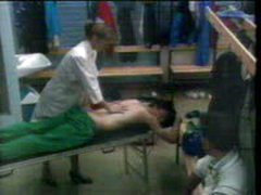 Masaje En Los Vestuarios